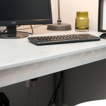 Zdjecie biurka sosnowego